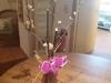 tischvase-mit-orchidee-und-schwarzem-bambus