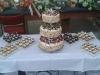 hochzeitstorte-mit-mini-cupcakes_0